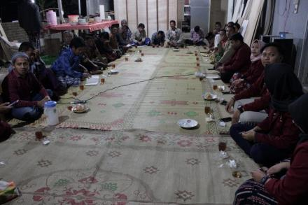 Rapat RT 114 Kampung Mayongan Dusun Cagunan
