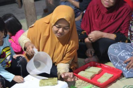 Pelatihan Pembibitan Sayuran Kangkung dan Pakcoy RT 115 dan 116 Dusun Cagunan