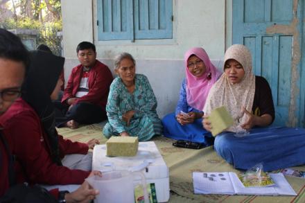 Pelatihan Pembibitan Sayuran Kangkung dan Pakcoy RT 119 Kampung Daguran Dusun Cagunan