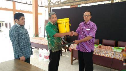 Pembinaan dan Fasilitasi Pengelolaan Sampah Desa