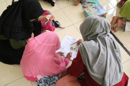 Tingkatkan Kompetenensi Anak, Tim KKN 80 memberikan Bimbingan Belajar