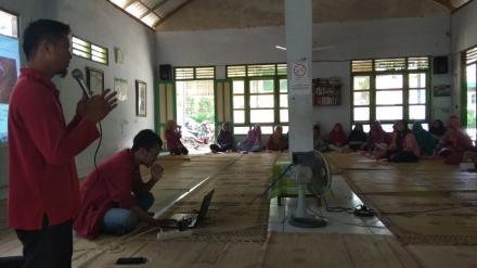Penyuluhan Kanker Serviks dan Prostat Dusun Pedak