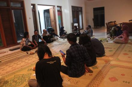 Pelatihan Pranataacara di dusun Puluhan Lor