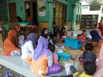 Kelas Parenting di Dusun Puron