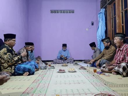 Dukuh Gunungsaren Lor Sosialisasikan Pajak PBB dan PTSL  di Pertemuan RT 78