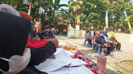 Pelaksanaan Vaksin Dosis ke - 2 Lansia Untuk Dusun Gunungsaren Kidul, Gunungsaren Lor dan Lopati